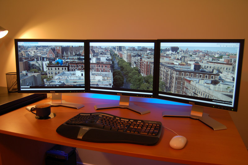 Dell Three Monitors Computers